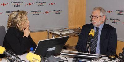 01b Carles Viver i Pi-Sunyer en los estudios de Catalunya Radio