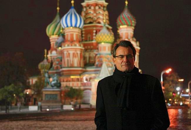 01c Artur Mas en Moscú, evidentemente